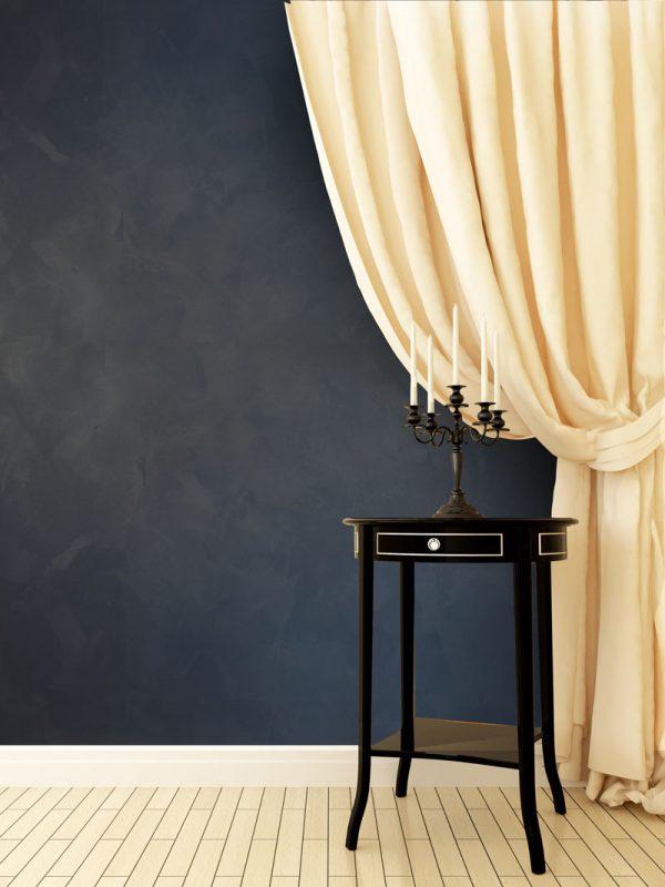 КАРАВАДЖО е тип венецианска мазилка, която обединява префинеността и, нейната оригиналната елегантност, текстилната мекота, пречупването на светлината характерна за древните стенни тъкани